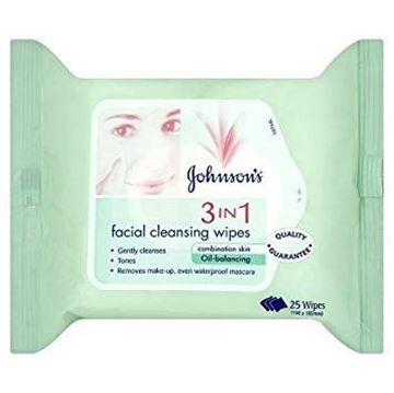 Picture of Johnson's 3 in 1 Cleansing 25 Wipes